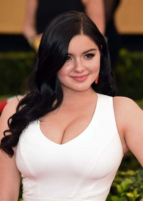 heavy bobs ariel winter s breast reduction surgery 5 fast facts