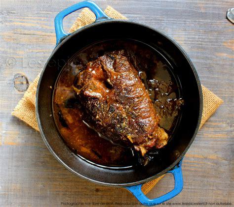 cuisiner le paleron de boeuf r 244 ti de paleron de boeuf mijot 233 en cocotte