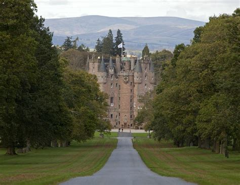 Looking for the Murderous Macbeth at Glamis Castle