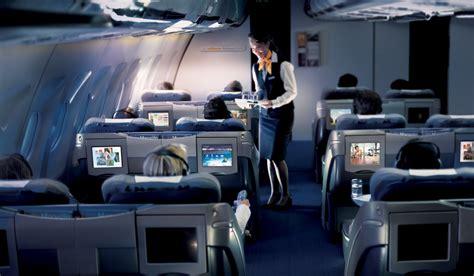 prices  business class flights change   cheap  class
