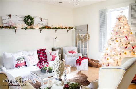christmas decor  living room sew  fine seam