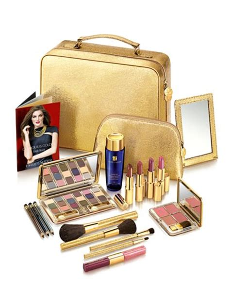 look fab for the holidays estee lauder gift set from macy