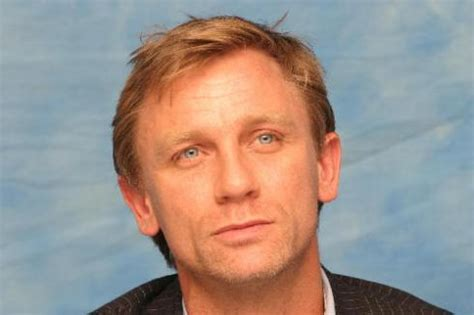 daniel craig hairstyles celebrity hairstyles by daniel craig with short medium hairstyle 2 comments