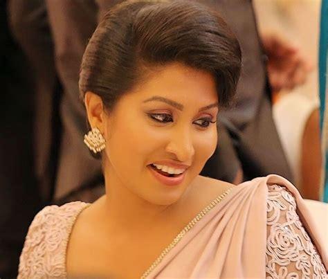 sri lanka new relax hairstyles pin by chanithri on wedding pinterest saree saree