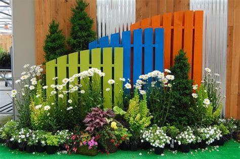 Garden Centre Decorations by V 229 R P 229 Zetas Tr 228 Dg 229 Rd