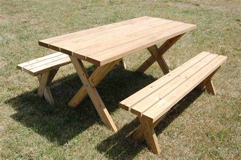 picnic table plans   shapes  sizes