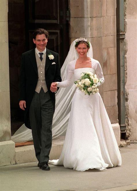 Best 25  Royal wedding dresses ideas on Pinterest   Royal