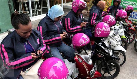 Orderan Khusus Om Frans 3 ladyjek ojek khusus dari wanita untuk wanita di jakarta foto liputan6