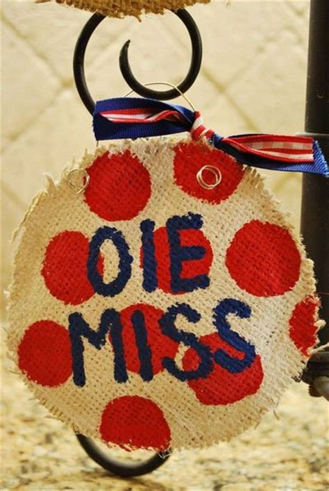 adorable easy ole miss christmas ornaments must make