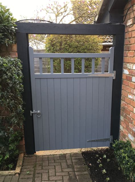 garden gate   baywood collection painted finish