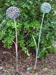 Metal Garden Flowers Sculpture Yellowhouseart Chris Cain Set Of Two Metal Aliums Garden Sculpture