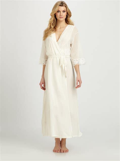 silk robes la perla honeymoon silk robe in white lyst