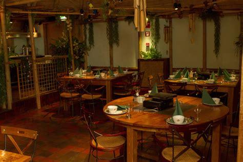 kleine familienzimmer möbel arrangement bison bowling restaurants