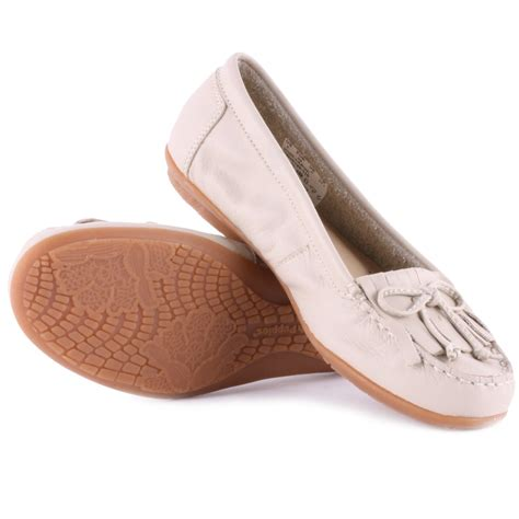 hush puppies moccasins hush puppies ceil mocc kilty womens moccasins in white
