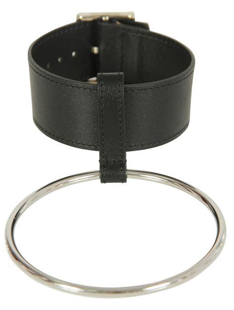 raf simons simple bracelet with 1 big ring black in black