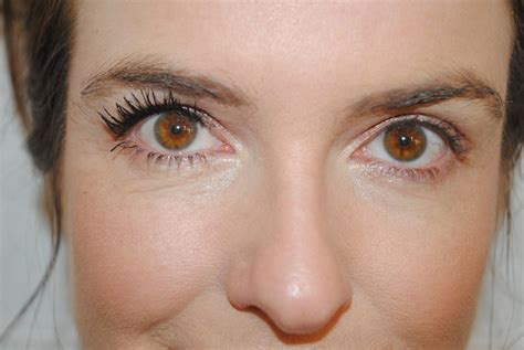 Maskara Roller Lash benefit roller lash mascara review with before afters