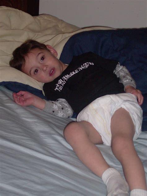 little boys in pull up diapers devin in big diaper by xsgtsgtx on deviantart