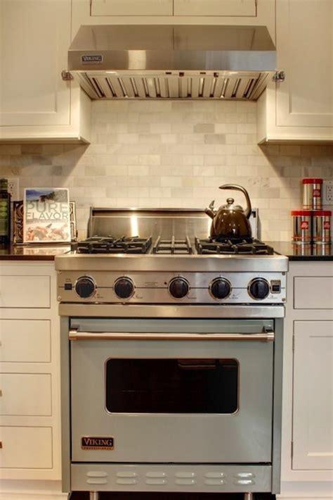 backsplash for ivory kitchen cabinets rw homes ivory kitchen with ivory shaker kitchen cabinets black granite counter tops