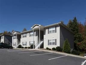 Catawba Pines Apartments Hickory Nc Waterside At Catawba Ridge Hickory Nc Apartment Finder