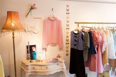 cómo decorar tu ropa gu 237 a de dise 241 o y decoraci 243 n para una tienda de ropa