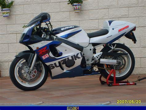 06 Suzuki Gsxr 600 Specs 1999 Suzuki Gsx R 600 Pics Specs And Information
