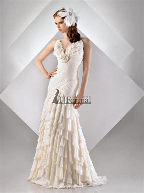 rustic themed wedding dresses help finding a wedding dress to go with a rustic theme