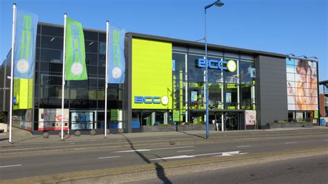 in bcc essent opent shop in shop formule in bcc emerce