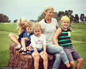 tori spelling s husband dean mcdermott accused of being a deadbeat dad to son jack daily