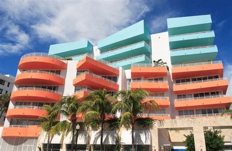 Versace Home Miami Design District Miami On A Dime Free Things To Do In Miami Eloquence On