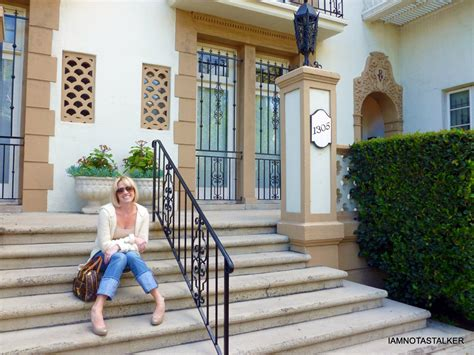 Lindsay Buys Marilyn Apartment by The Romanesque Villa Apartments Marilyn S Former