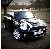 Mini Cooper  Black With White Roof &amp Stripes May 2015 Random