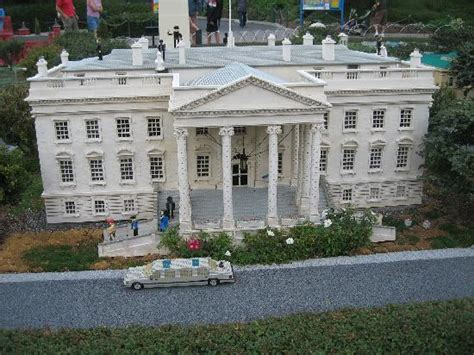 lego white house 30 coolest lego buildings of all time