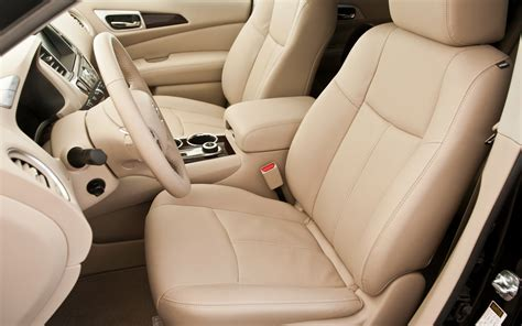 nissan pathfinder 2013 interior 2013 motor trend suv of the year contenders photo gallery