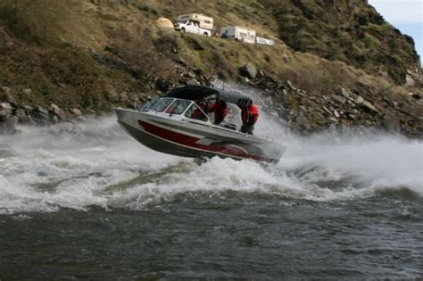 rogue river jet boats rogue river jet boat trip oregon cranberry growers
