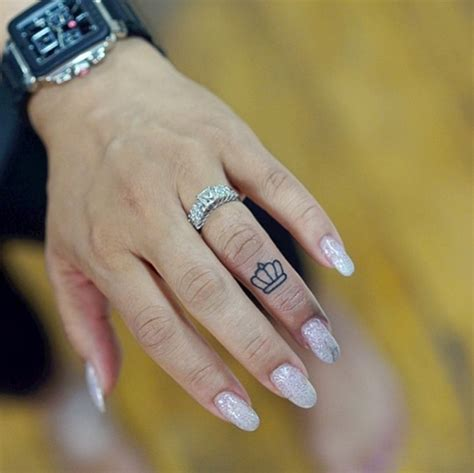 tattoo down finger 50 eye catching finger tattoos that women just can t say