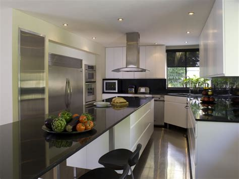 Decorating Ideas For Kitchen Corners Corner Kitchen Hoods Afreakatheart