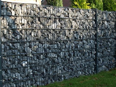 gartenzaun metall mit steinen gefüllt steinzaun steinz 228 une sichtschutzzaun zaunspatz de