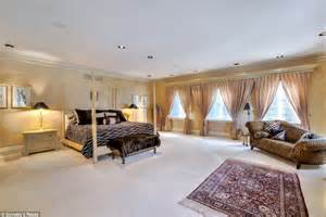 Ordinary Master Bedroom Design Photos #3: 28F451AC00000578-3092828-Master_bedroom_The_suite_has_a_sitting_area_and_views_of_the_gar-a-18_1432310949973.jpg