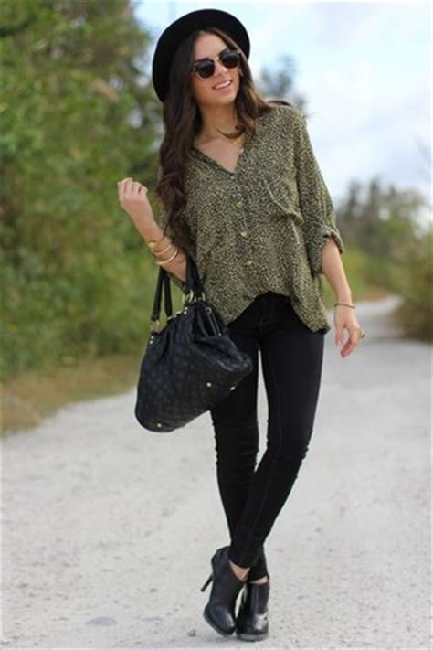 Forever21 River Coral Blouse shirt how to wear and where to buy chictopia
