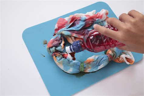 how to tie dye a shirt with food coloring tie dye with food coloring