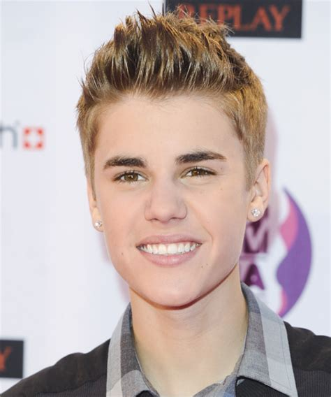 justin biber hairstyle on other boys all side swept justin bieber short straight casual hairstyle dark blonde