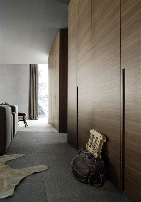 Sliding Wardrobe Closet by Best 25 Wardrobe Doors Ideas On