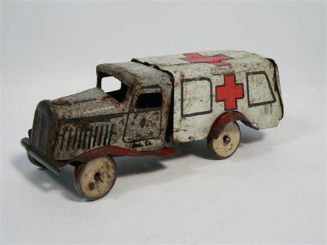 imagenes de juguetes vintage ambulancia de juguete antigua sanidad mi trabajo