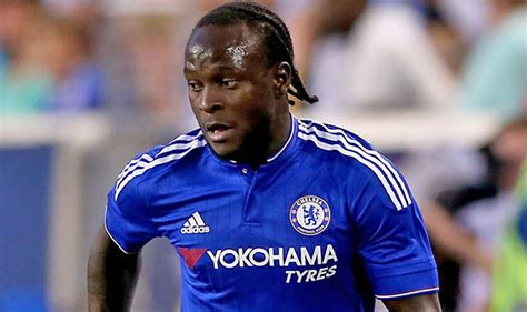 Liverpool Football Mba by Victor Moses Extends Stay At Chelsea Until 2021