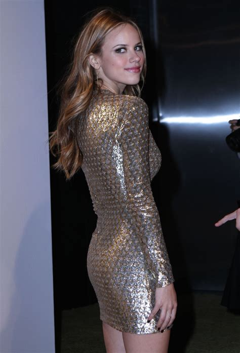 M Hael Kors New York Gold michael kors hosts the new gold collection