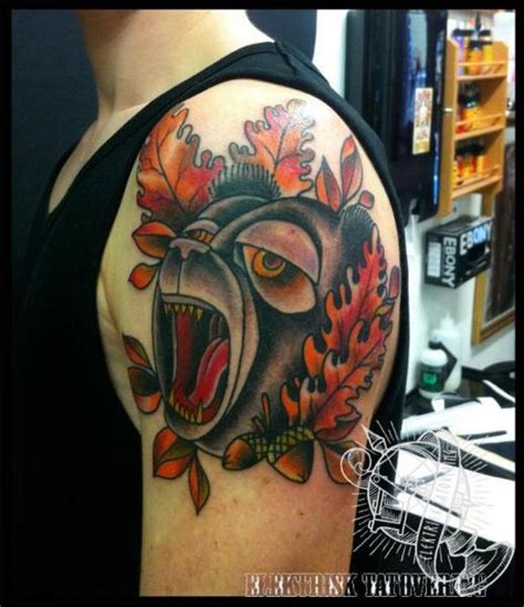 tattoo old school bear shoulder new school bear tattoo by elektrisk tatovering