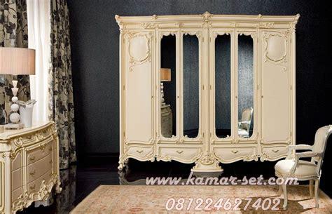 Lemari Kaca Kamar Mandi model lemari wadrobe klasik 6 pintu ukir mewah kamar set
