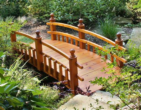 backyard bridges red cedar eden 1 2 picket rail bridge