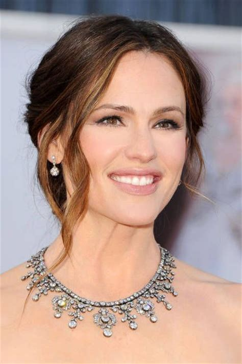 Gorgeous Makeup At The Oscars by Best Of Oscars 2013 Necklaces Hair Dos And