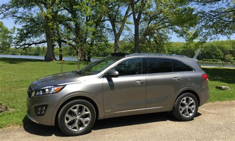 2016 Sorento Kia Enjoying The Features Of The 2016 Kia Sorento Sxl Awd